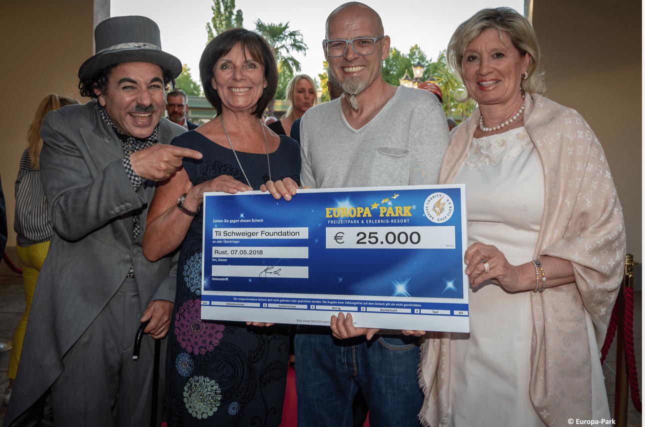 Eagles und Europa Park spenden an die Til Schweiger Foundation!